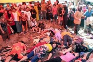 Jenazah 21 orang yang tewas saat pembagian zakat di Pasuruan, 15 September 2008 silam (keluargaberencana.files.wordpress.com)